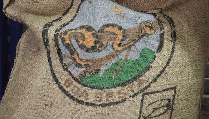 Belco, café décaféiné Boa Sesta, graphisme épuré pour le Brésil